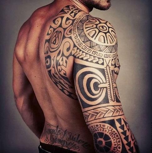 Тату мужское кельтика на плече на руке на плече