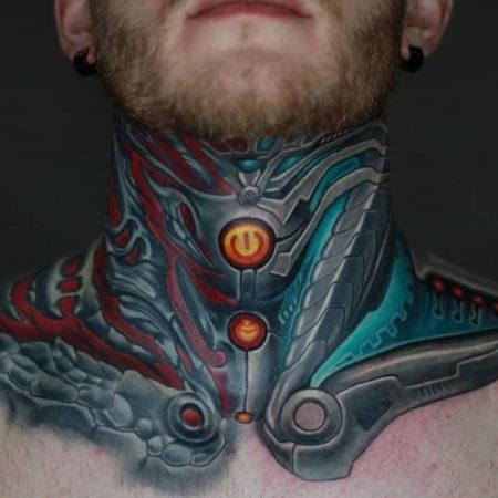 Мужское тату на шее в стиле биомеханика