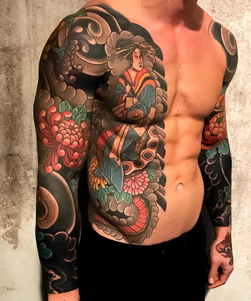 Мужское тату в японском стиле рукав