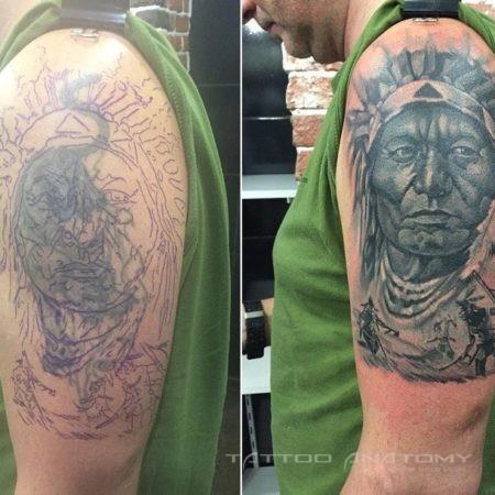 исправление тату мужское в стиле реализм индеец на руку на плече